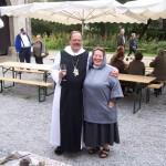 Pater Klaus OPR mit der Braumeisterin