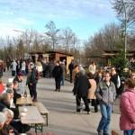 Auch am Sonntag spielte das Wetter mit, so dass Kaffe, Kuchen und warmes Essen bei Sonnenschein genossen werden konnten