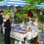Hier gab es verschiedenste Weihrauchsorten und Lavendelprodukte aus Südfrankreich